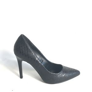 Express black heels size 7